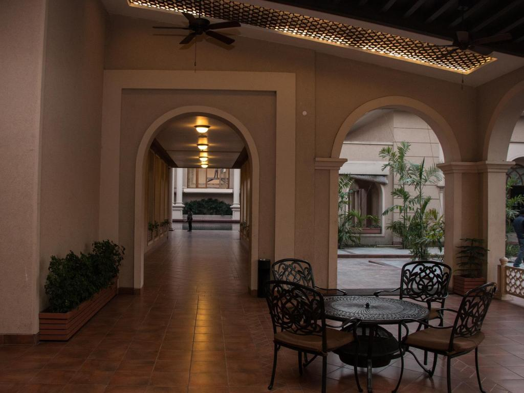 Lobby Ibiza The Fern Resort & Spa, Kolkata