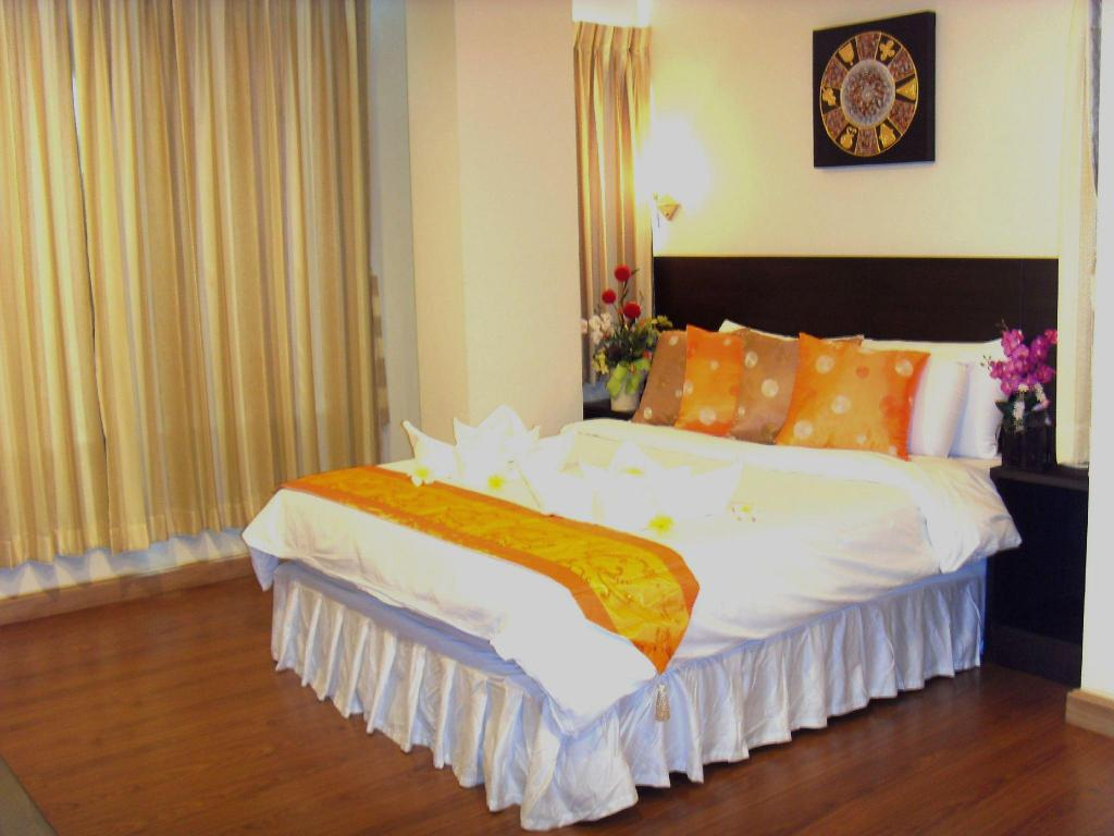 Hot Deal Standard Double Room Only 24@Home Hotel
