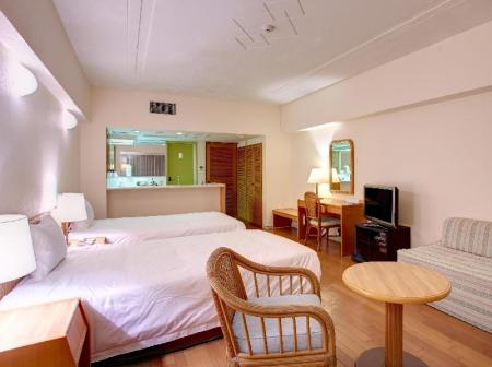 Standard Twin Room Non-Smoking Hotel Mahaina Wellness Resorts Okinawa