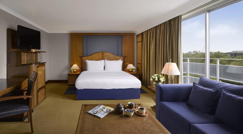 Radisson Blu Portman Hotel In London Room Deals Photos