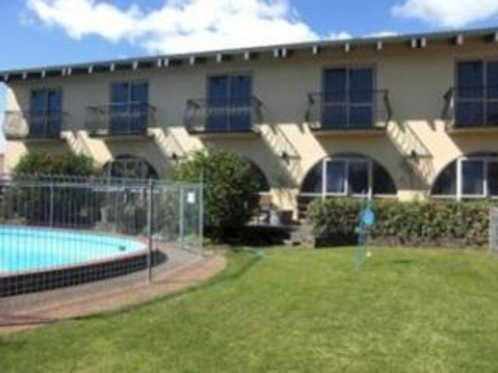 299 on devon west motel in new plymouth room deals photos reviews for Plymouth hotels with swimming pools