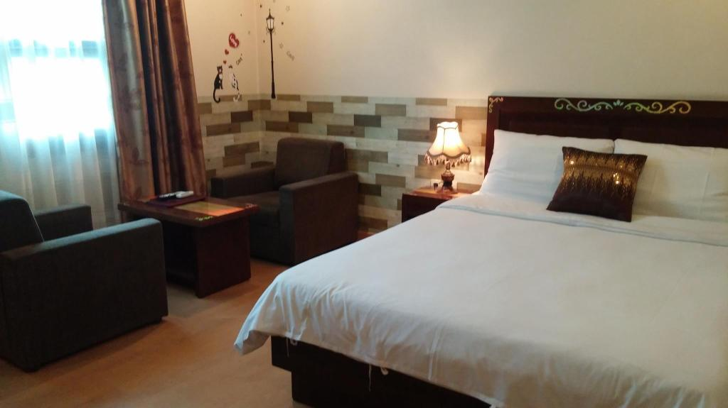 See all 33 photos Goodstay December Hotel