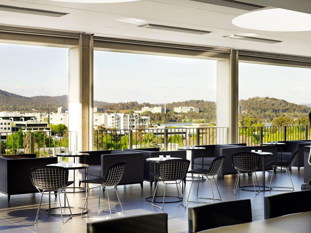 Best Price on Burbury Hotel in Canberra + Reviews!