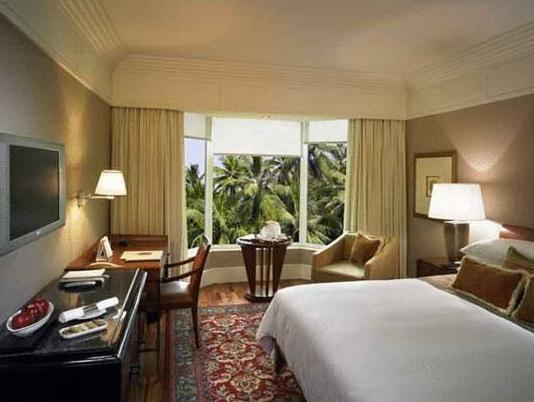 Premier City View Room