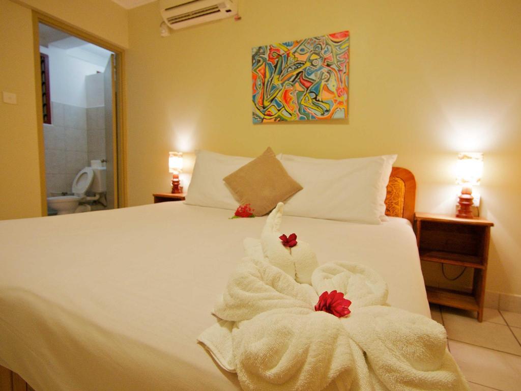The Espiritu Hotel Luganville Booking Deals Photos Reviews