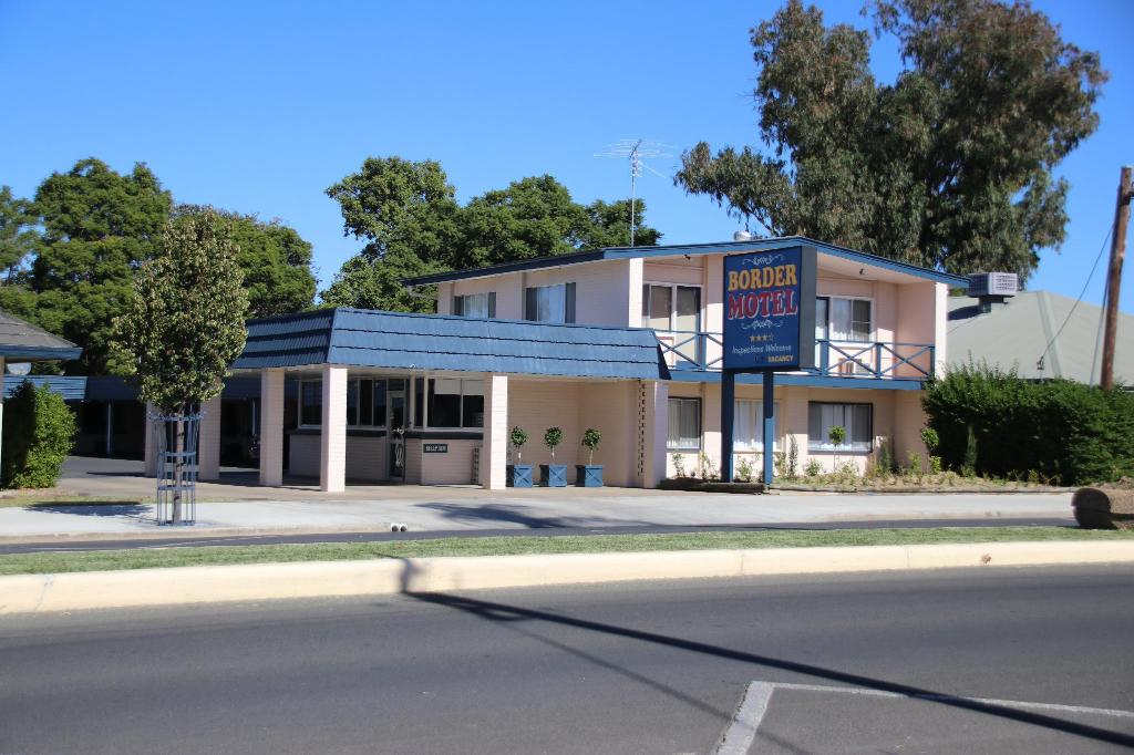 More about Border Motel