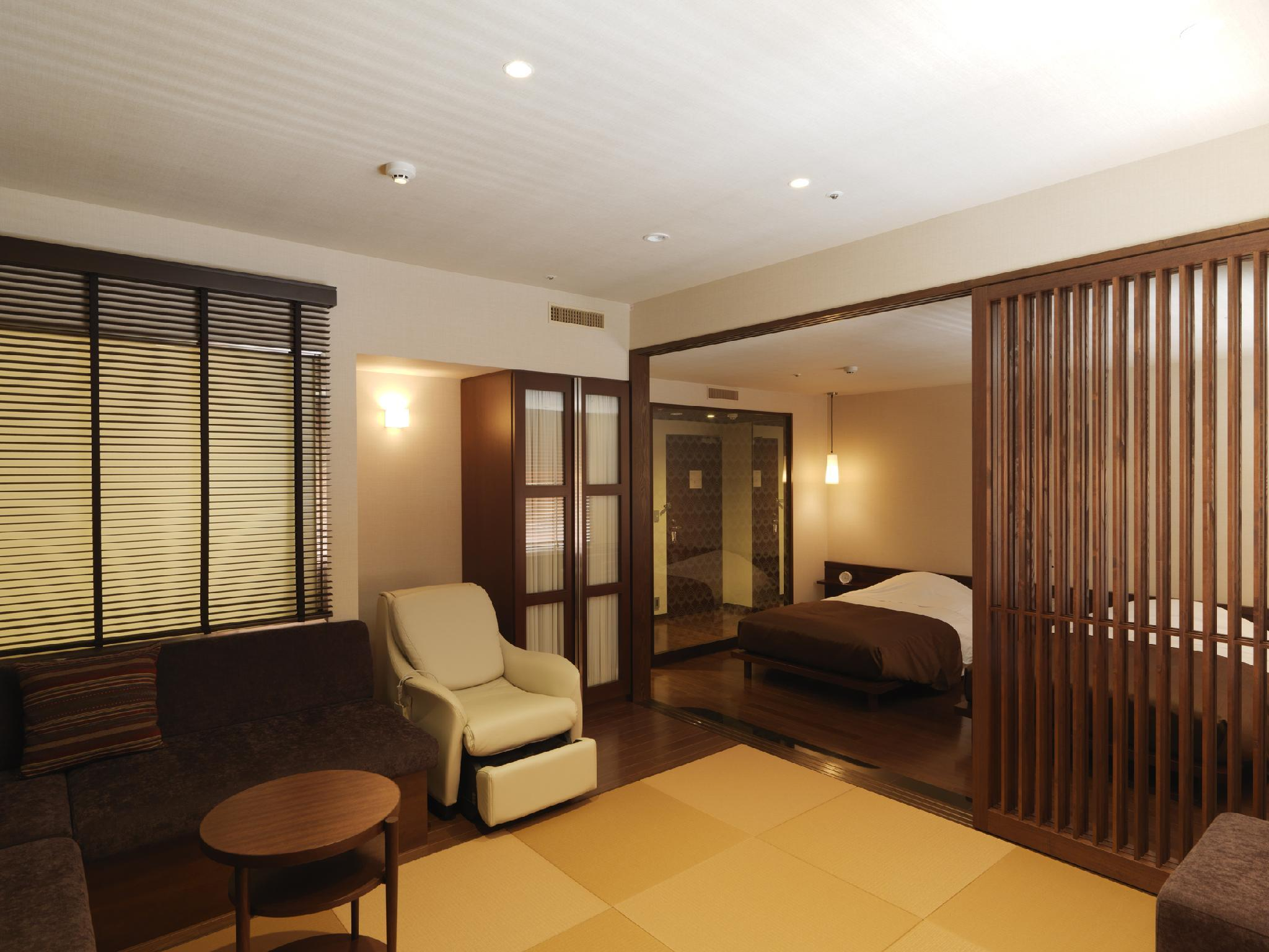 Deluxe Japanese Western Style Room - Non-Smoking