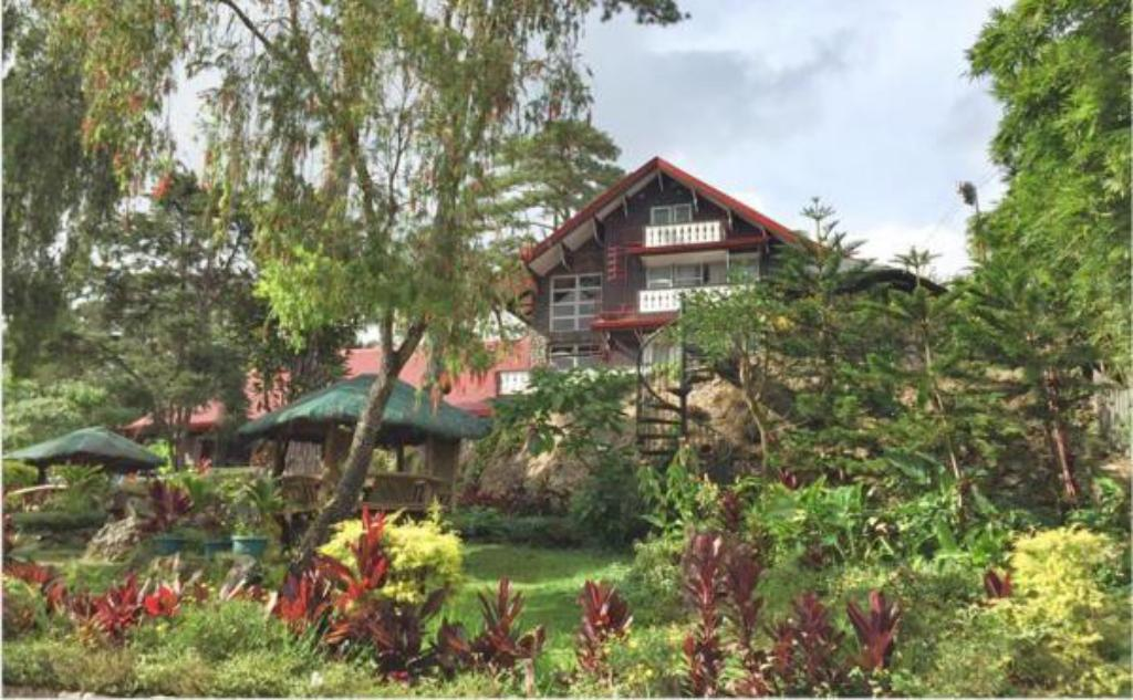 Safari Lodge Baguio by Log Cabin Hotel in Philippines - Room