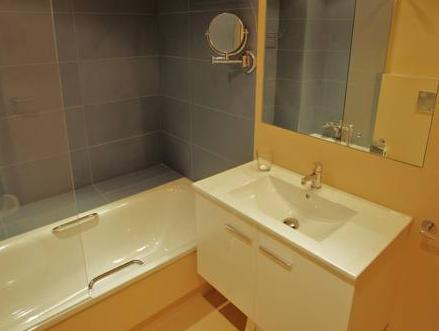 Apartament 2 Habitacions (4 Adults + 2 Nens) (Two-Bedroom Apartment (4 Adults + 2 Children))