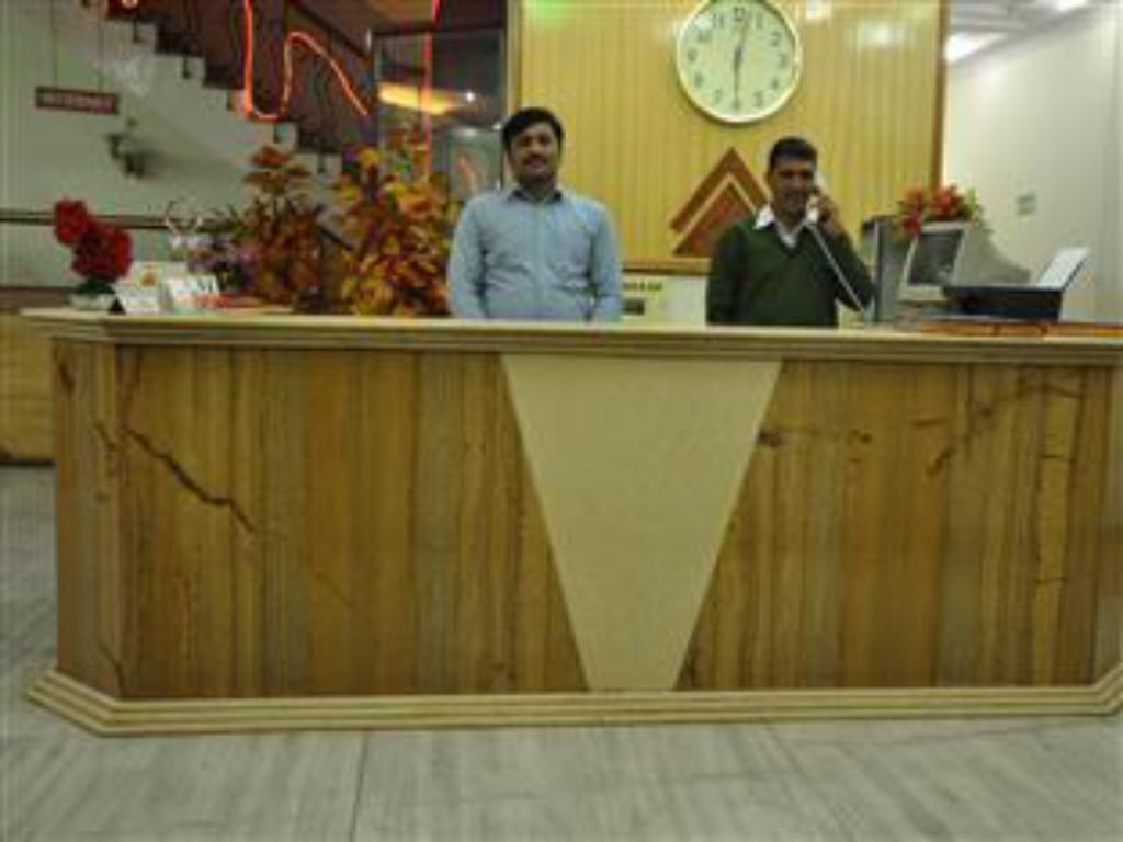 Hotel Silver Shine Best Price On Hotel Silver Shine In New Delhi And Ncr Reviews