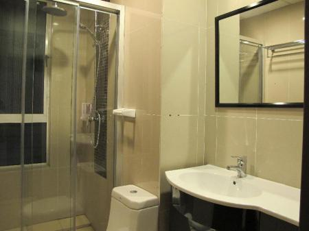 Bathroom Borneo Holiday Homes @ 1Borneo Tower B Condominium