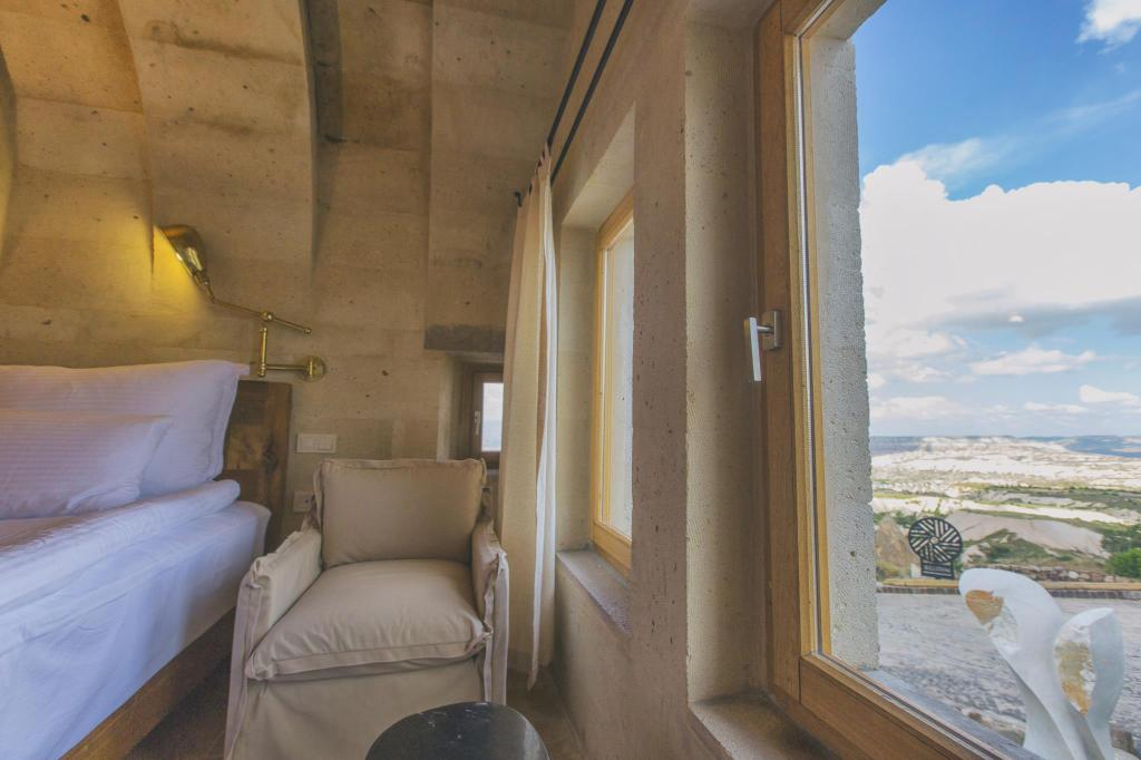 View Millstone Cave Suites