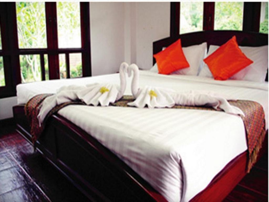 Deluxe Twin Bed - Bed Forra Hill Resort