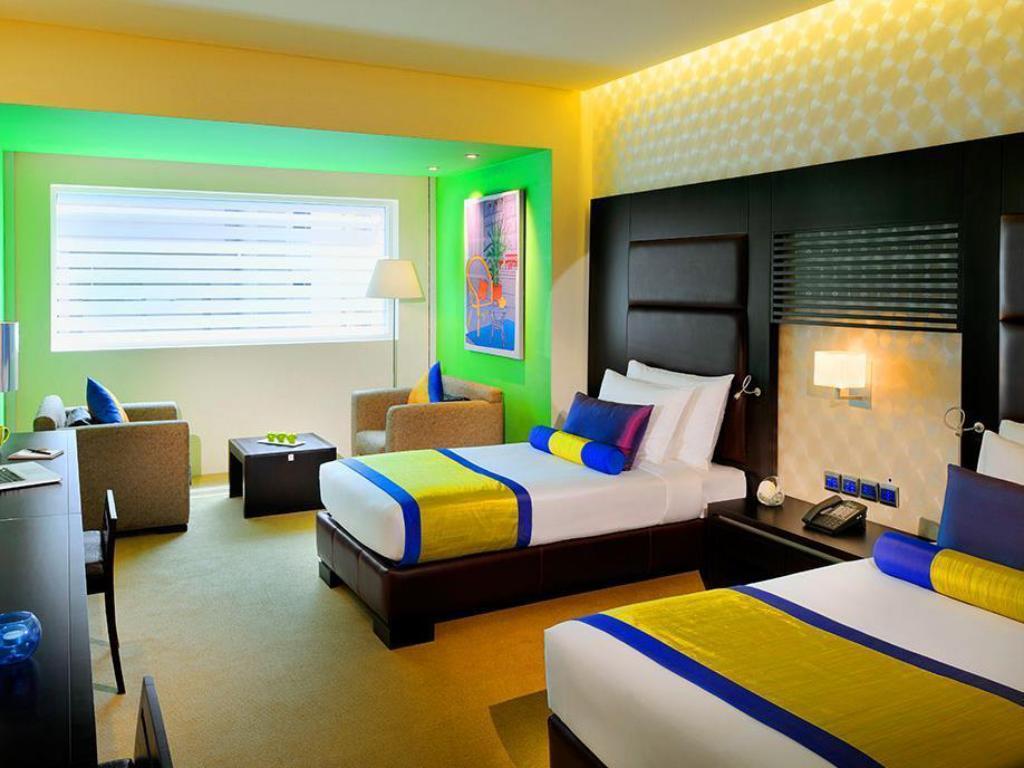 hues boutique hotel 4 оаэ