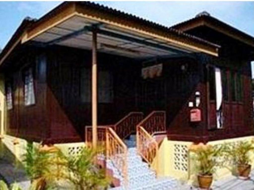 See all 12 photos Homestay Kampung Beng