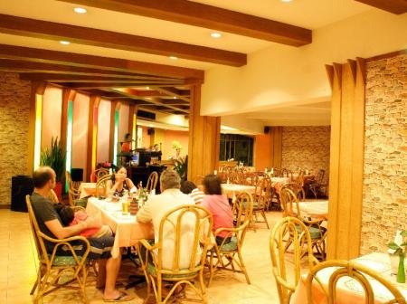 Coffee shop Palm Garden Hotel