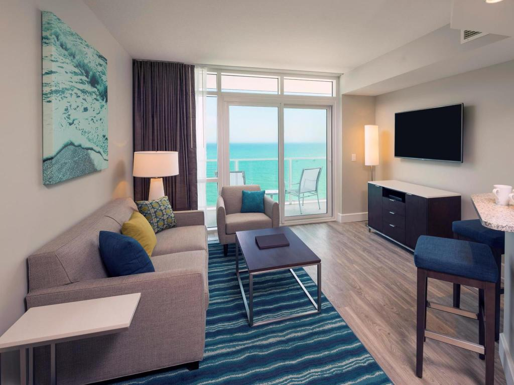 Interijer hotela Ocean 22 by Hilton Grand Vacations