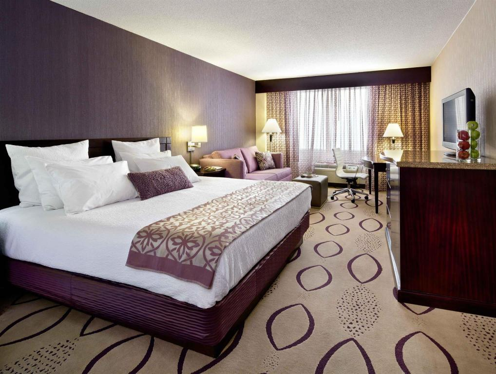 Все фотографии: 9 DoubleTree by Hilton Minneapolis North