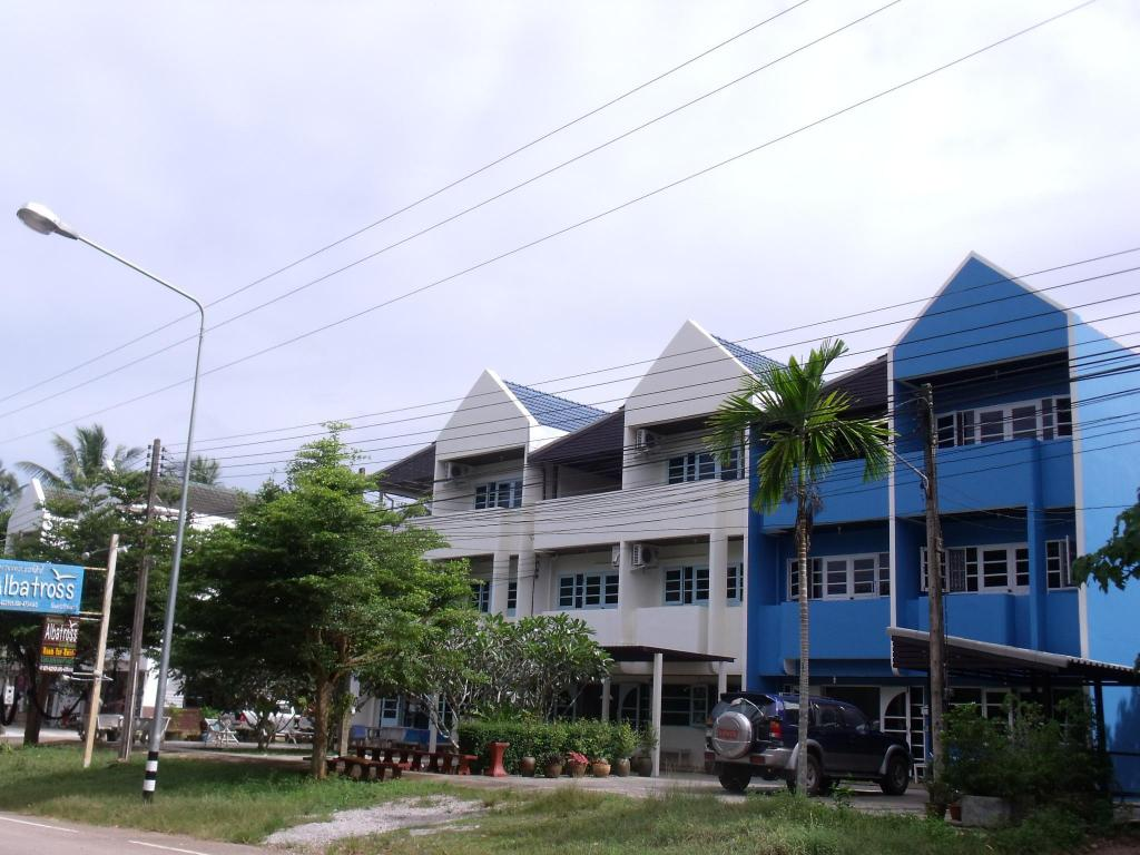 More about Albatross Guesthouse @ Thungwualaen Beach