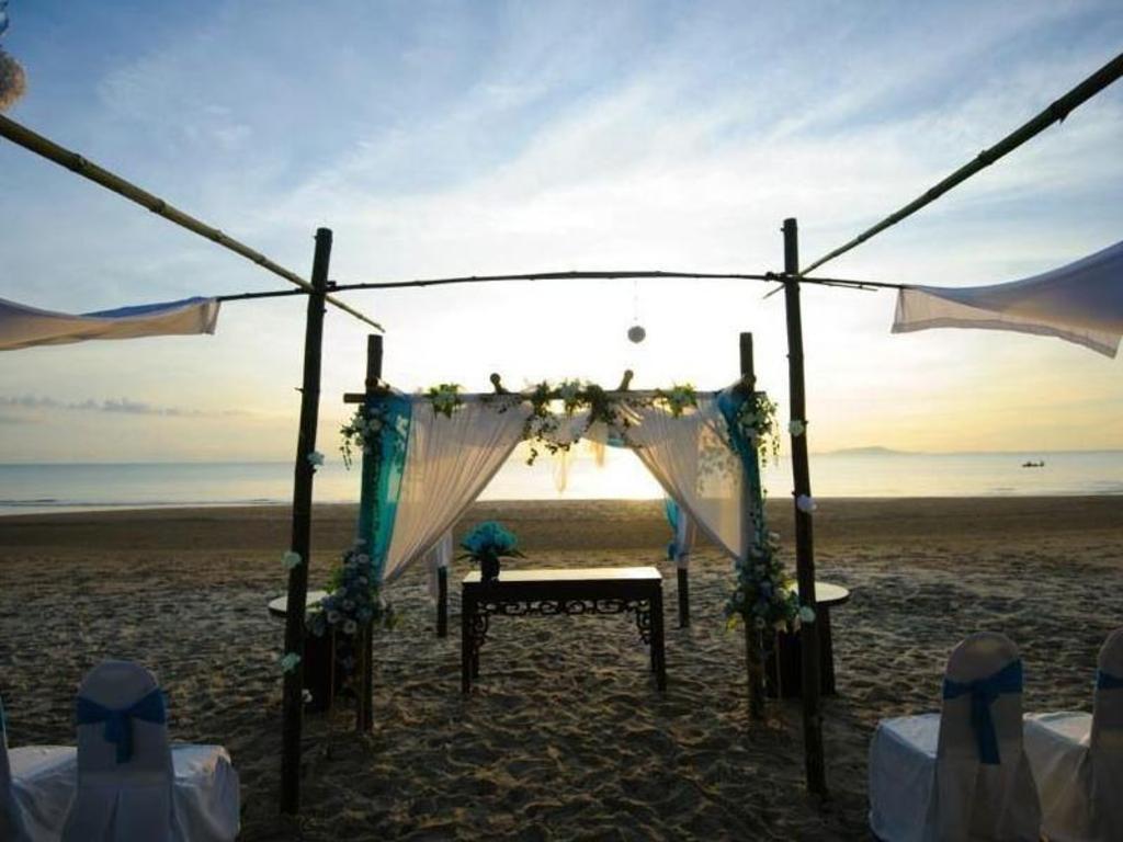 Villa Danialla Beach Resort Pasir Putih Offers Free Cancellation 2021 Price Lists Reviews
