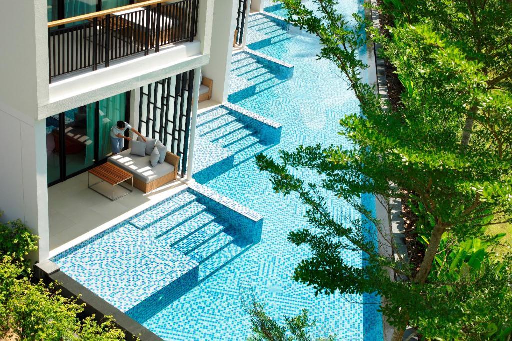 Holiday Inn Resort Phuket Mai Khao Beach Resort