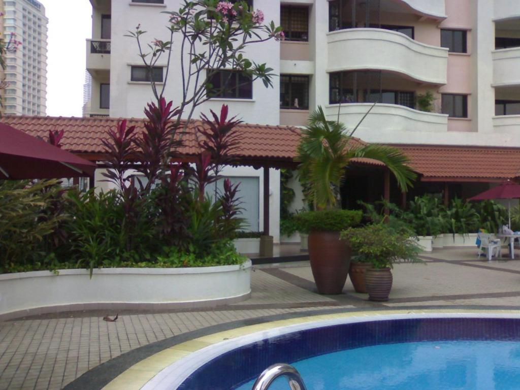 Best price on harta8 vacation home bukit bintang in - Summer house with swimming pool review ...