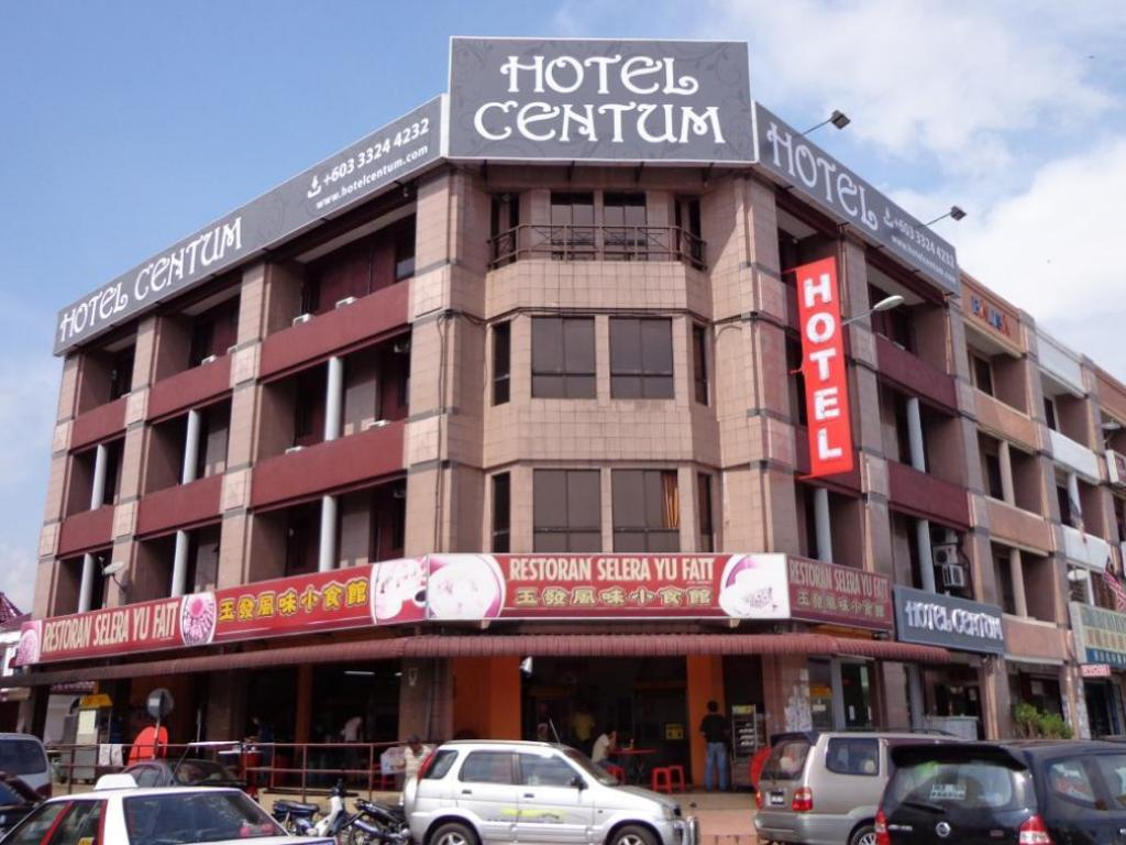 More about Hotel Centum