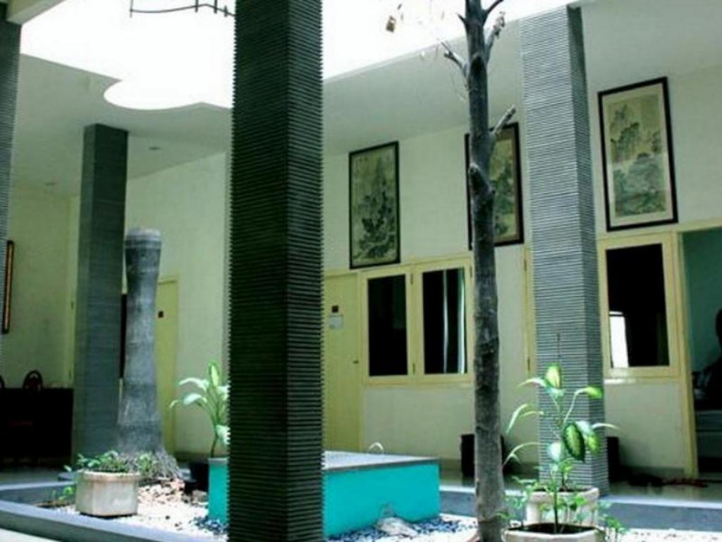 More about Soerabaja Place Guest House
