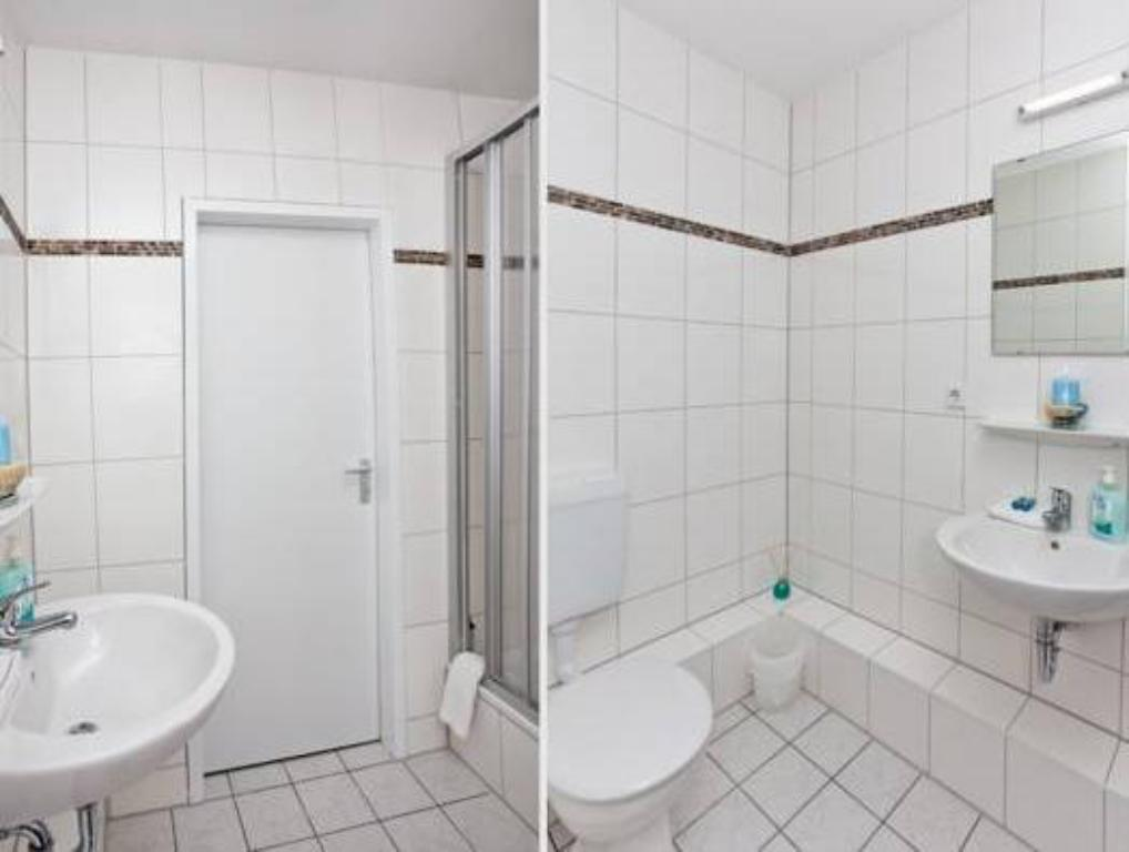 Banyo Hotel LebensQuelle am Checkpoint Charlie