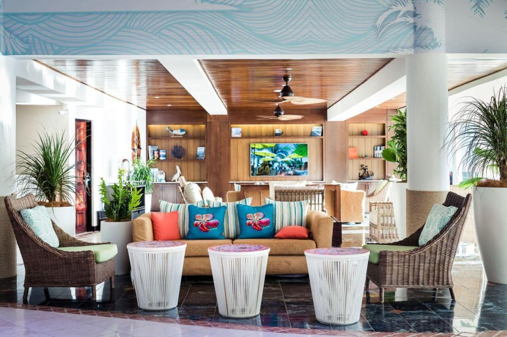 Лобби Margaritaville Beach Resort Playa Flamingo