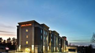 Hampton Inn and Suites Holly Springs