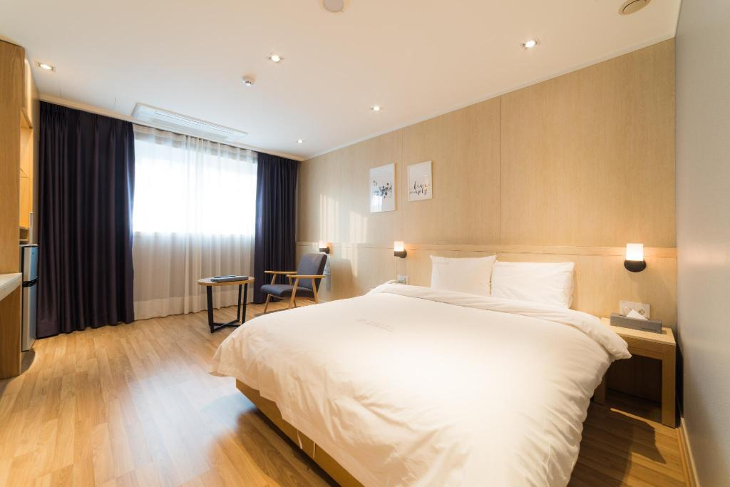 Superior Double - Room plan Reborn Suwon Silkroad Hotel