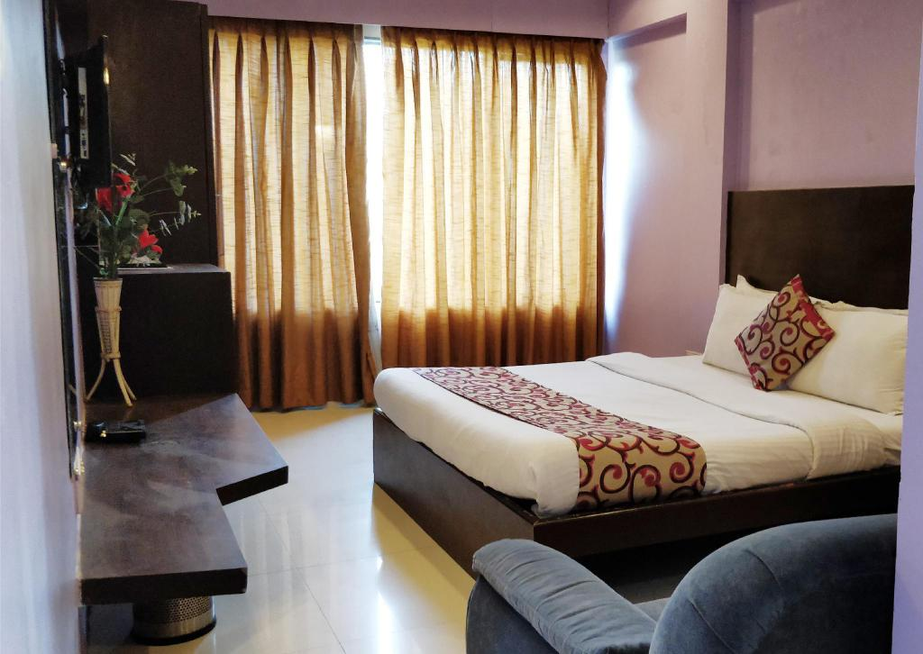 More about Hotel Kamran Residency