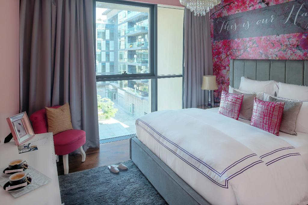 Dream Inn - City Walk 3 Bed Stunning Apartment