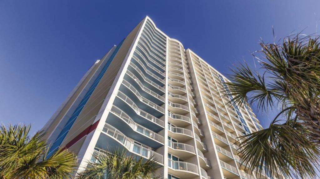 Экстерьер Relax on Myrtle Beach with Towers on the Grove!