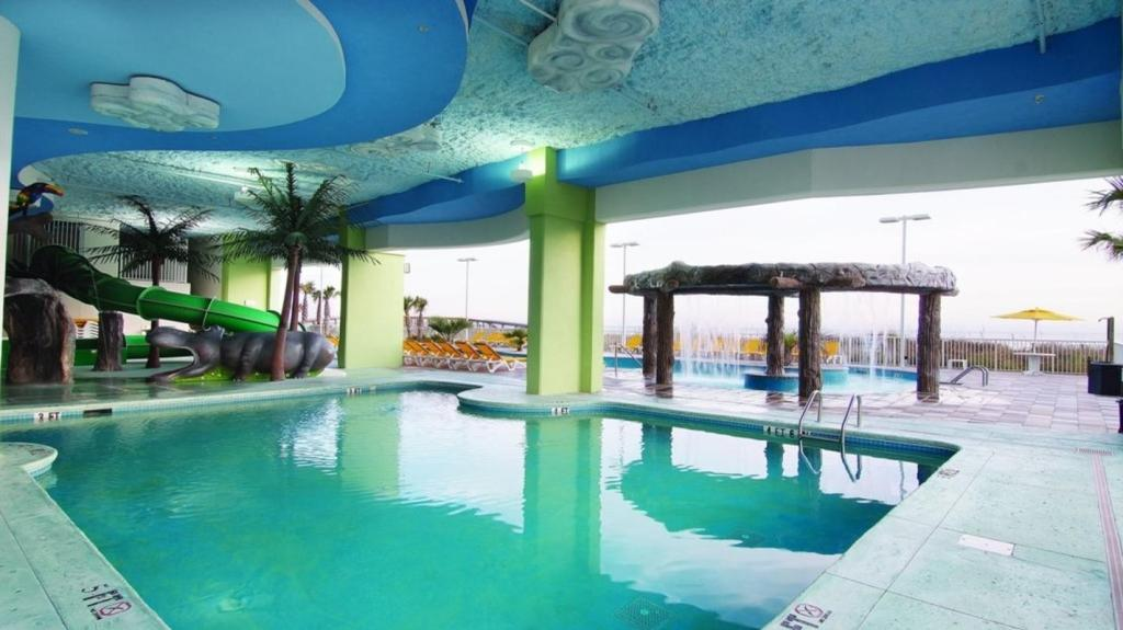 Все фотографии: 17 Relax on Myrtle Beach with Towers on the Grove!