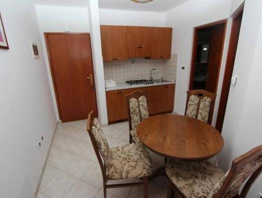 Apartament d'Una Habitació (3 Adults) (One-Bedroom Apartment (3 Adults))