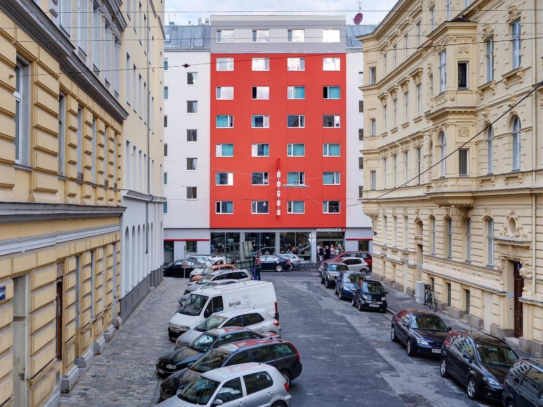 Meininger Hotel Wien Downtown Franz In Vienna Room Deals Photos Reviews