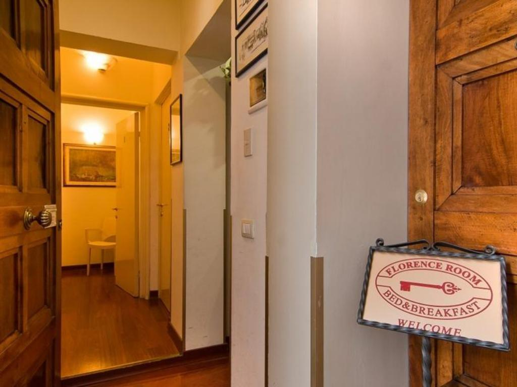 Book Florence Room B&B in Italy - 2018 Promos