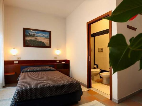 Hotel La Terrazza in Cagliari - Room Deals, Photos & Reviews