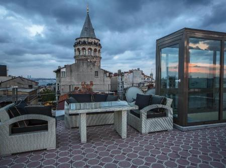Balcony/terrace Galata Tower Suites By Mile Hotels