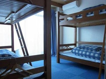 6-Bed Dormitory -- Mixed K's House Mt.Fuji - Backpackers Hostel
