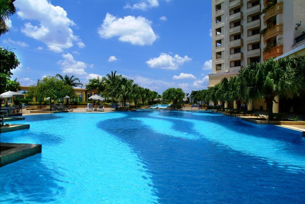 Swimming pool [outdoor] Hotel Equatorial Melaka