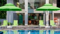 8 on Claymore Serviced Residences (SG Clean Certified)