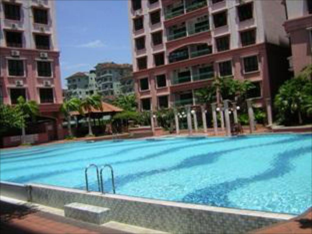 Swimming pool KK Stays @ Marina Court Resort Condominium