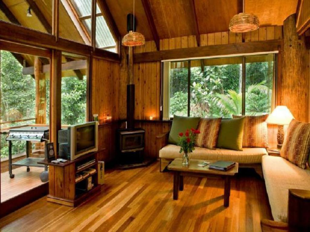 Best Price On The Canopy Rainforest Treehouses In Atherton