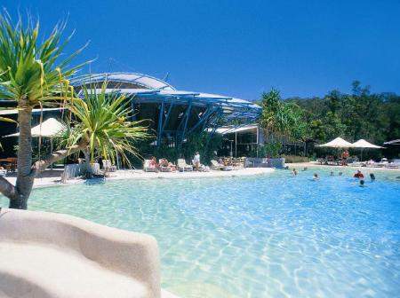 Best price on kingfisher bay resort fraser island in hervey bay reviews for Kingfisher swimming pool prices