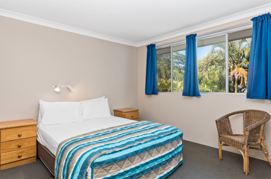 Large Family Suite Browns at Broadbeach Motel