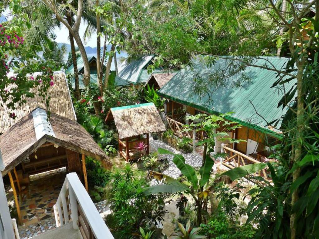 Best Price on Golden Monkey Cottages in Palawan + Reviews