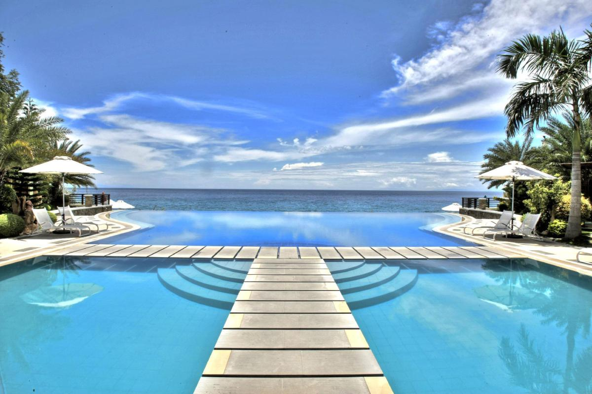 Acuatico Beach Resort Hotel In Batangas Room Deals